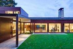 Extensive Renovation Reveals a Mid-Century Jewel in Seattle - http://freshome.com/mid-century-jewel-in-seattle/