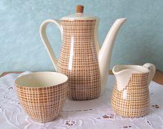 Vitnage Service - Kaffeekännchen Milchkännchen Tasse WAKU Retro - ein Designerstück von SweetVirginia bei DaWanda 19,90
