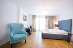Bright and modern furnished apartment in Vienna - your temporary home next to Vienna State Opera Vienna State Opera, Furnished Apartment, High Class, Luxury Apartments, Very Well, Bright, Bed, Modern, Furniture