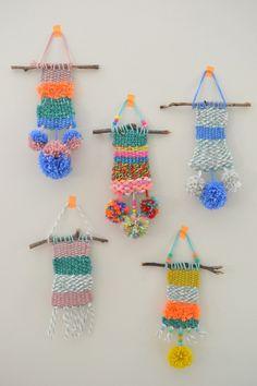 Cómo hacer pequeños tapices de lana con los niños, divertidas manualidades con lana ideales para actividades infantiles en campamentos, talleres, etc.