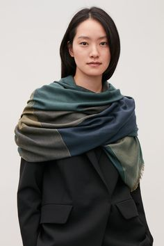 Detailed image of Cos interwoven checked wool scarf in green Color Khaki, Khaki Green, Green Hats, Wool Scarf, Navy Pink, Holiday Dresses, New Product, Wool Blend, Fashion Beauty