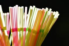 Plastic straws be gone. These inspirational people and communities across the UK are slowly banning plastic waste. Take Aim, Drink Stirrers, Nightly News, Plastic Waste, Mindful Living, 100 Free, Free Photos, Tube, Drinks