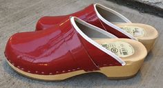 SIMSON HOLLAND WOMEN'S WOOD CLOGS RED PATENT LEATHER SHOES SIZE EU 40  | eBay