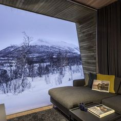 Malangen Family Retreat: A Property in North Norway with Contemporary Interior and Comfortable Spaces | Futurist Architecture