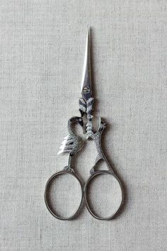 """""""The Crow and The Fox"""" Aesop's Fables Scissors via FrenchNeedle.com"""