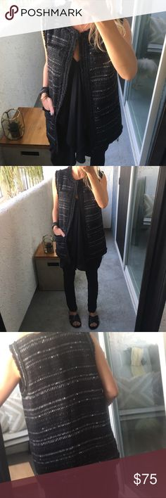 """Rachel Zoe Tweed Vest, Size S Rachel Zoe Tweed Vest Perfect for Layering Size S Excellent Condition   Measurements: 27"""" length  19"""" bust  🔘 Reasonable Offers Welcomed 🔘 Excellent Condition 🔘 No Filters Used 🔘 Sorry, No Trades  As always, THANK YOU for shopping!!  Happy Poshing!  🖤 Jenn Mix Rachel Zoe Jackets & Coats Vests"""
