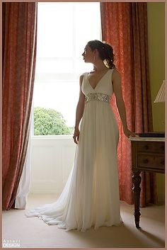 Gorgeous dress- greek goddess... Flattering for wider hipped bodies. Love the detailing!