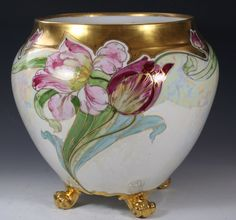 Porcelain Of China Refferal: 2483759698 Porcelain Jewelry, China Porcelain, Limoges China, Painted Vases, China Painting, Antique China, Vases Decor, Flower Vases, Ceramic Art