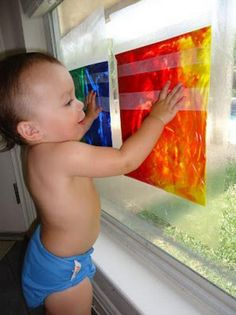 10 Clever Ways to Keep Your Tiny Toddler Busy | Parenting