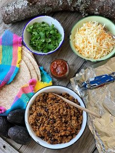 A simple and delicious meal, perfect for your next outdoor adventure. #camping #dinner #campfirefood #SimpleBites Homemade Instant Oatmeal, Real Food Recipes, Yummy Food, Taco Fillings, Campfire Food, Camping Meals, Burritos, Mac And Cheese, Picnics