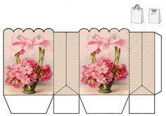 Упаковка подарков, красивая сумочка с цветочным принтом