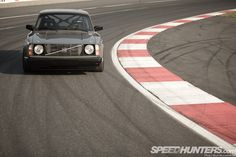 Right now Rod Chong is annoying me in a way that only he can, something I will soon expand on given his status as the one who observes all here at Speedhunters. In July 2012 I rolled my Volvo 245 project car out complete with turbo motor, cage and some other tricks. It felt good, …