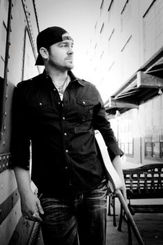 Lee Brice - one of the openers for Brad Paisley on 08/01/13 :)