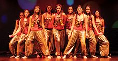 Bollywood kitty party themes games for Indian ladies - Hey ladies! Are you planning to host a kitty party this month? If you are, then worry not! We got you covered. (At least the entertainment part!)