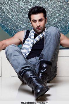 Ranbir Kapoor Upcoming Movie Trailers, Upcoming Movies, Latest Hd Wallpapers, Ranbir Kapoor, Asian Actors, Muscle Men, Bollywood Actress, Cute Boys, Celebrity News