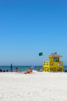Siesta Beach in Sarasota, Florida ranked No. 6 on National Geographic's Top 10 U.S. Family Beaches. Fantastic spot for vacation!