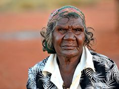 Aboriginal elder Aboriginal History, Aboriginal Culture, Aboriginal People, Aboriginal Art, We Are The World, People Of The World, Australian Aboriginals, Native Australians, Indigenous Art