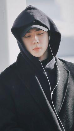 Sehun [HQ] 191122 Incheon Airport, Departing for Jakarta Kris Wu, Baekhyun, Sehun Hot, Exo Exo, K Pop, Exo Lockscreen, Kai, Kim Sejeong, Z Cam