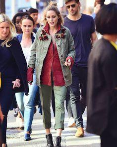 Celebrity Style | 海外セレブリティ最新スタイル情報 : 【オリヴィア・パレルモ】ミリタリージャケット×カーキのパンツでエッジを効かせたカーキオンカーキ