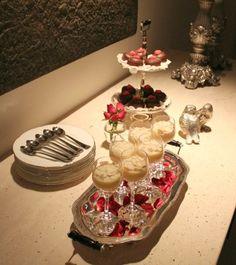 http://lediniz.com.br/2013/06/colocando-a-mesa-dia-dos-namorados/
