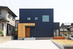 Box House Design, Modern House Design, Japan Modern House, Box Houses, Minimalist Home, Office Interiors, Cladding, Architecture Design, Life Hacks