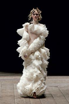 Alexander McQueen, Widows Of Culloden Autumn/Winter 2006