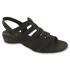 f74720d48974c0 Munro American Darian sandals are supportive and stylish. Try them out if  you have narrow