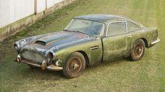 V lese našli vzácný Aston za miliony - Obrázek 7
