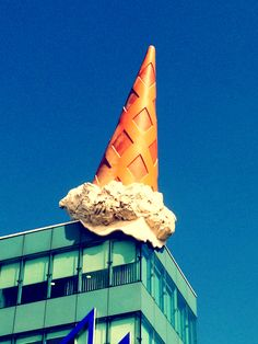 Dropped Cone - Claes Oldenburg & Coosje van Bruggen | Neumarkt Galerie, Cologne, Germany