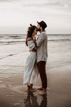 Romantic outdoor beach engagement session inspiration, especially for relaxed couples. Ibiza, Marbella, Spain wedding and family photographer. Couples Beach Photography, Fashion Photography Poses, Wedding Photography Poses, Sunset Photography, Beach Poses For Couples, Intimate Couples, Happy Couples, Friend Photography, Funny Photography