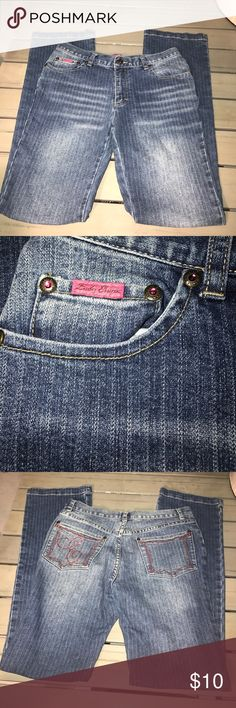 Striagnt Leg short jeans No Damages lady enyce Jeans Straight Leg