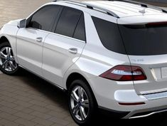 Cool Mercedes: Mercedes GLE-Class SUV (W 166) Photos and Specs. Photo: Mercedes GLE-Class SUV (W 166) auto and 25 perfect photos of Mercedes GLE-Class SUV (W 166)  Sports Utility Vehicles