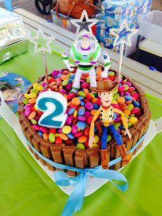 Easy toy story cake Fête Toy Story, Bolo Toy Story, Toy Story Food, Toy Story Party, Toy Story Birthday Cake, Barney Birthday, 3rd Birthday Cakes, 4th Birthday, Birthday Ideas