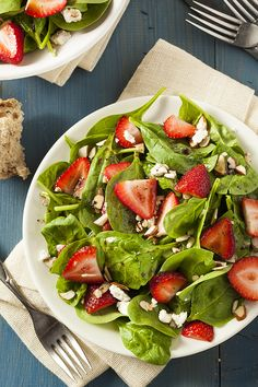 This recipe for strawberry spinach salad tastes just like summer!