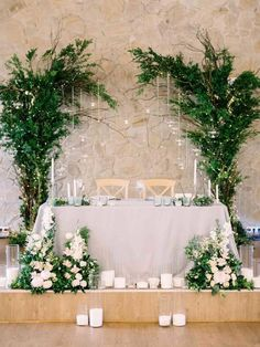 18 Fancy Wedding Decoration Ideas with Hanging Candles greenery sweetheart table wedding decoration Sweetheart Table Backdrop, Head Table Backdrop, Head Table Decor, Decoration Table, Backdrop Ideas, Hanging Candles, Wedding Centerpieces, Hanging Wedding Decorations, Wedding Tables