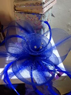 Dark blue Feather & Gauze Fascinator