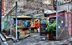 Cafe in a shipping container. by cannonshooter