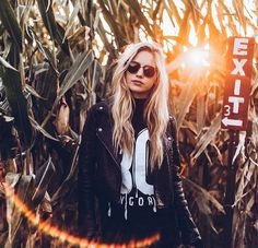 Madison Louch @MadisonLouch  Oct 18 Lost in the maze   @ThisisFLIK x @Buygore