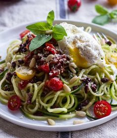 -saving season. Fresh heirloom tomatoes mixed with sun-dried tomatoes ...