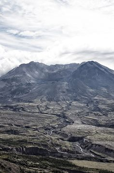 "Mt. St. Helens, Washington-vast canyons cut by water-- similar to a ""mini"" grand canyon.  This local catastrophe did all this with one volcano--imagine a global flood as the bible reports."