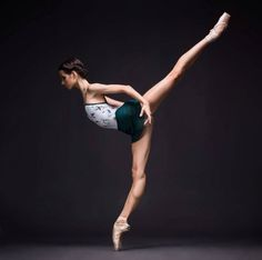 """Ballet beautiful - """"dancing is creating a sculpture that is visible only fo Ballet Poses, Dance Poses, Ballet Dancers, Ballerinas, Ballet Dance Photography, Sport Photography, Photography Poses, Ballet Pictures, Dance Pictures"""