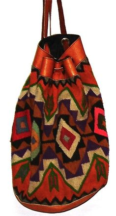 ☯☮ॐ American Hippie Bohemian Style ~ Boho Nomadic Bag Mochila Hippie, Moda Hippie Chic, Fashion Bags, Boho Fashion, Ethnic Bag, Carpet Bag, Boho Bags, Bohemian Style, Hippie Bohemian
