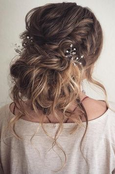 36 Romantic Rustic Wedding Hairstyles ❤️ Rustic wedding hairstyles have to l. - - 36 Romantic Rustic Wedding Hairstyles ❤️ Rustic wedding hairstyles have to look with naturally and tender. We've assembled the best ideas of rustic ha. Rustic Wedding Hairstyles, Bride Hairstyles, Messy Hairstyles, Spring Hairstyles, Wedding Hair And Makeup, Hair Makeup, Messy Bridal Hair, Hair Messy Updo, Wedding Hairstyles And Makeup