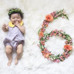 Month 6- Flower headband, Collared romper, cute dress, boho monthly flower Baby Milestone Flower Flatlay Tutorial DIY for all 12 Months with matching outfit ideas on @Joyfullygreen #babystyle #flowers #flatlay #babymilestone #diy #Monthlynumbers #baby #milestone #monthly #photos #flower #number #flowernumber #diy #tutorial #12months #babygirl #babyoutfits #newborn #pregnancy #maternity #photographer #howto
