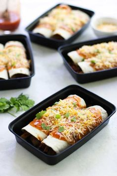 Meal Prep Bowls These Chicken Enchilada Meal Prep Bowls are perfect to spice your up meal prep for lunch or dinner!These Chicken Enchilada Meal Prep Bowls are perfect to spice your up meal prep for lunch or dinner! Healthy Chicken Recipes, Lunch Recipes, Mexican Food Recipes, Cooking Recipes, Keto Recipes, Meal Prep Recipes, Cooking Rice, Cooking Salmon, Cooking Games