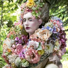 Wonderland - 'The Stars of Spring Will Carry You Home' - Kirsty Mitchell Photography Giant Flowers, Faux Flowers, Flowers In Hair, Kirsty Mitchell, Botanical Fashion, Watercolor Kit, Bloom Where You Are Planted, Portraits, Floral Headpiece