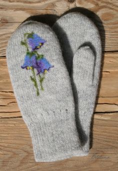 mit Blumen Gloves, Knitting, Winter, Flowers, Winter Time, Tricot, Breien, Stricken, Weaving