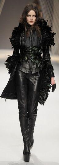 .    Chaka Godiva via Hideo Sato onto #Fashion-ivabellini     Chaka Godiva via Hideo Sato onto #Fashion-ivabellini
