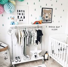 How cute is this room? Thanks @_little_ivy222 for letting me share. That clothes rail  @offtherailsdesigns