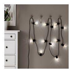 SVARTRÅ LED-lyslenke med 12 lys IKEA Gir et behagelig, dekorativt lys.